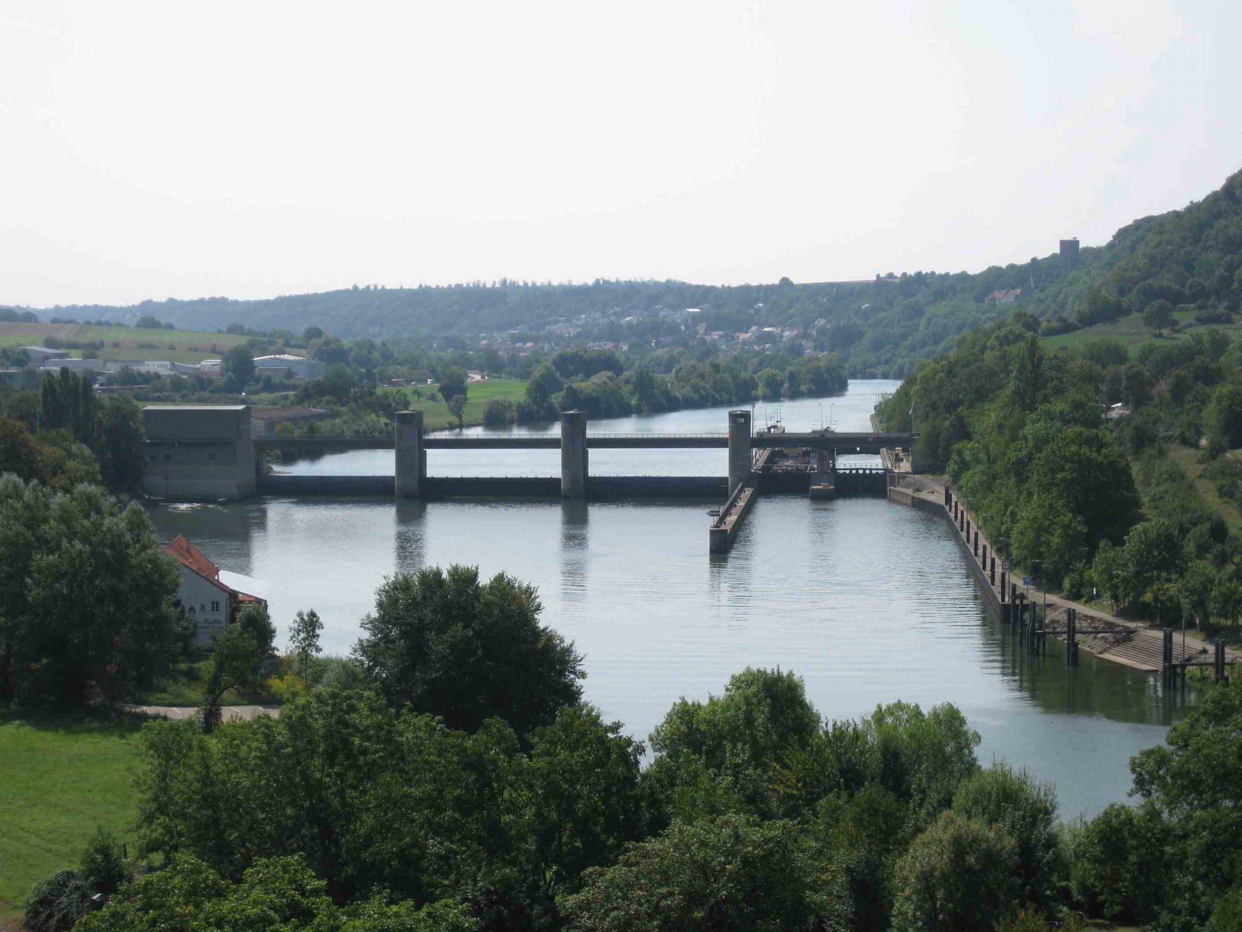Neckar Gundelsheimer Schleuse