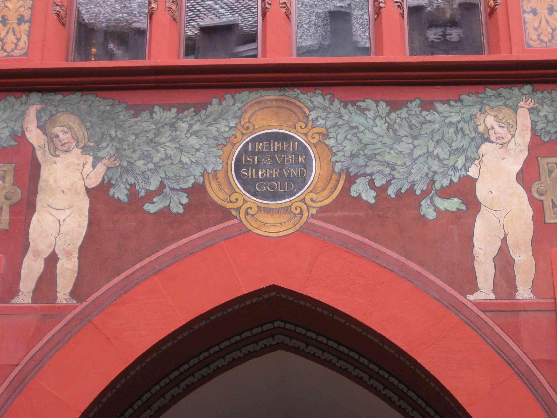 Wandspruch im Rathaus Basel