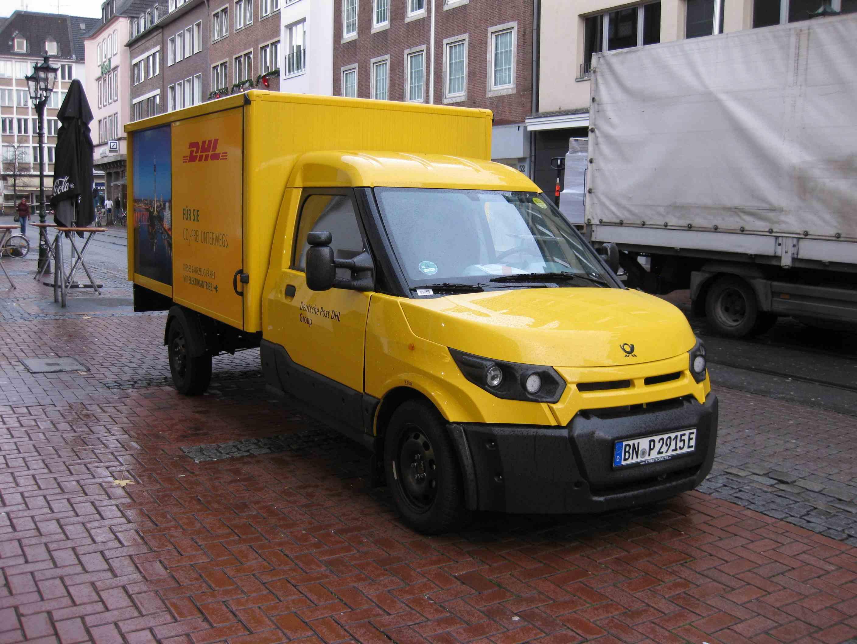 StreetScooter der Deutschen Post in Düsseldorf